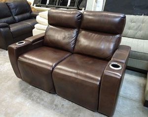 Oaklyn Italian leather loveseat sofa for Sale in Decatur, GA