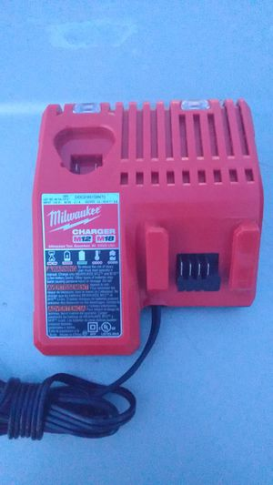 Milwaukee charger M12 M18 for Sale in Rock Valley, IA