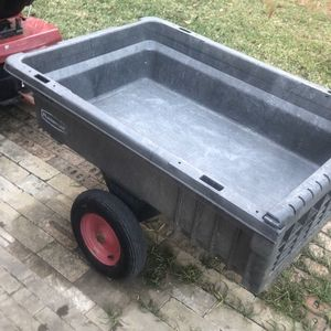 Rubbermaid Commercial FG566261BLA Unassembled Structural Foam Tractor Cart, 750-Pound Capacity for Sale in Irving, TX
