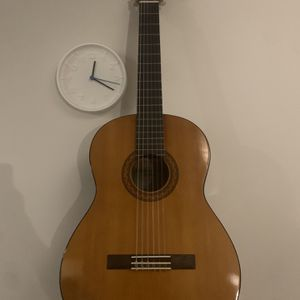 Yamaha Guitar with guitar bag, tuner, pick, capo. Used one year. Tempe pickup for Sale in Tempe, AZ