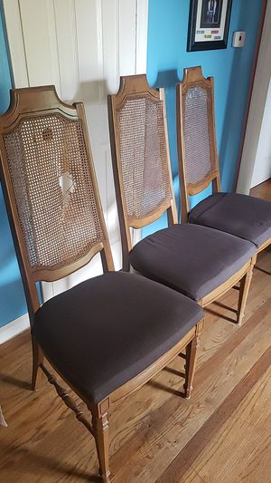 chair for Sale in Raytown, MO