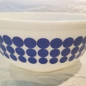 Pyrex Bowl Vintage Blue Dot Pattern for Sale in Deerfield Beach, FL