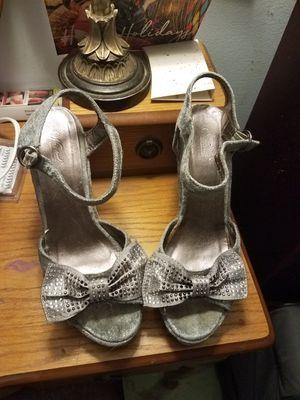 silver velvet wedges size 8 for Sale in Houston, TX