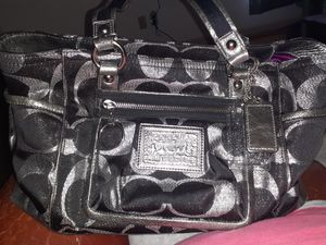 Make me an offer!!! Must Go!!! Coach Purse! for Sale in Scott, AR