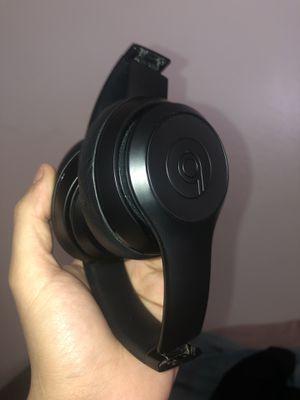 Beats wireless solo 2 for Sale in Sacramento, CA