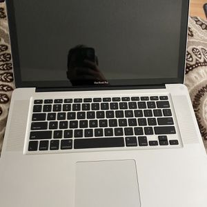 Mac Book Pro M-1286 for Sale in Pompano Beach, FL