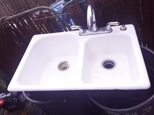 Porcelain farm sink for Sale in Dearborn, MI