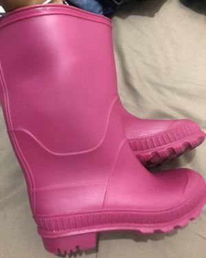 Little girl rain boots size 13 for Sale in Fort Lee, NJ