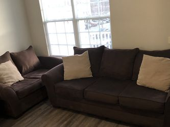 3-piece Brown Living Room Set (pillows included) for Sale in Elkridge,  MD