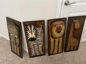 Animal wall decor for Sale in Saginaw, TX