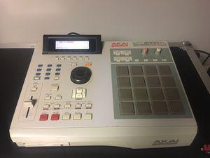 Akai MPC 2000XL for Sale in Providence, RI