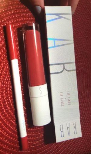 Lip gloss and lip liner Nuevo for Sale in Miami, FL