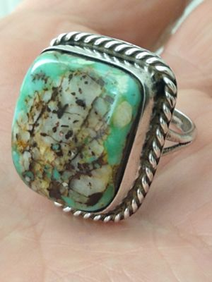Natural Boulder Turquoise! Gorgeous, vintage and sterling silver Native American Old Pawn ring (size 8) for Sale in Altamonte Springs, FL
