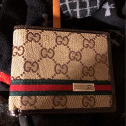 Gucci Wallet for Sale in Lubbock,  TX