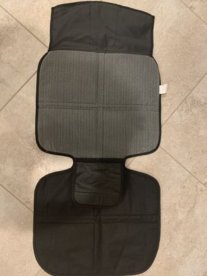 Protector para el carro car seat for Sale in Southwest Ranches, FL