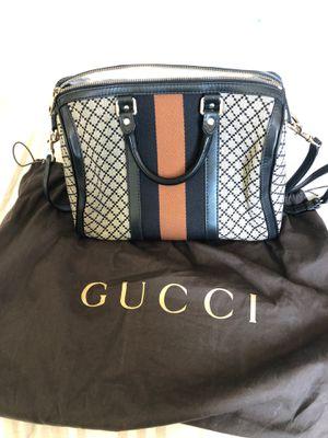 Gucci used Boston bag for Sale in Chula Vista, CA
