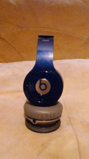 Beats wireless headphones for Sale in Wichita, KS