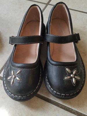 Girls size 1 blue dress shoes never wore. Danskin shoes used condition for Sale in Bloomington, IL