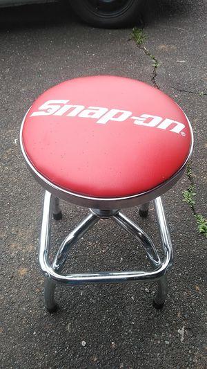 Snap on hydraulic mechanics stool for Sale in Hoquiam, WA