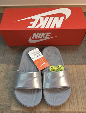 Nike sandals, 1Y, BRAND NEW IN BOX for Sale in Flower Mound, TX