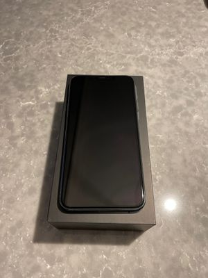 iPhone 11 Pro Max - 256 GB - Midnight Green for Sale in Chicago, IL