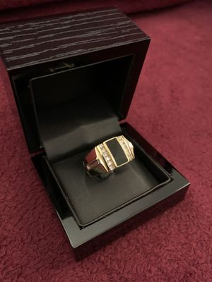 14k—-solid gold —-mens ring with diamonds for Sale in Los Angeles, CA