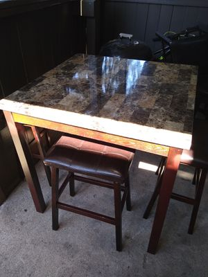 Table and chairs for Sale in Houston, TX