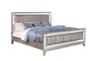 Full bed frame for Sale in Fort Pierce, FL