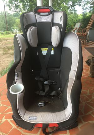Graco 3 stage car seat: rear infant 4-40lb, front facing 22-60lbs for Sale in Piedmont, SC