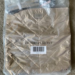 Tote Bag - Gold for Sale in Las Vegas, NV