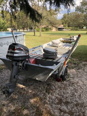 14' aluminum Jon boat motor and trailer with title for Sale in New Port Richey, FL