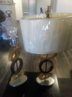 2 Ashley lamps, work great for Sale in Moreno Valley, CA