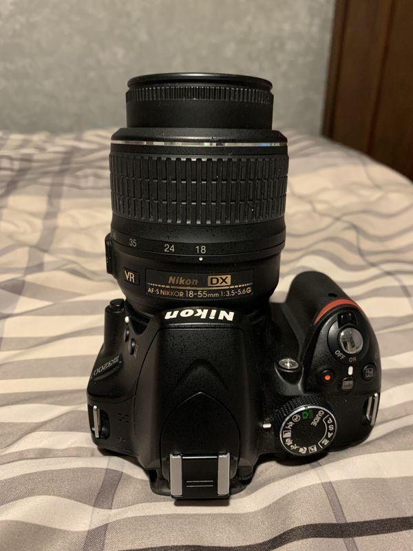 Nixon D3200 DSLR Camera Combo