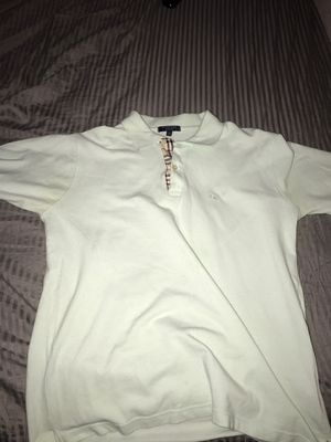 Burberry shirt (size medium) for Sale in Santee, CA