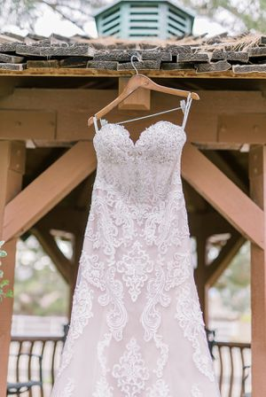 Authentic Stella York Wedding Dress for Sale in Jacksonville, FL