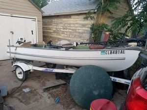 Boat and trailer holding motor and big motor for Sale in Pueblo, CO