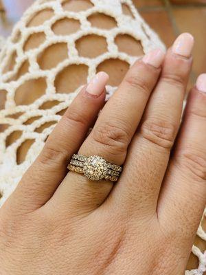 GIA Triple X Diamond IVS Halo Diamond Ring for Sale in Miami, FL