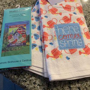 Spring Garden Kitchen Towel Set & Patriotic Bitdhouse Garden Flag for Sale in Diamond Bar, CA
