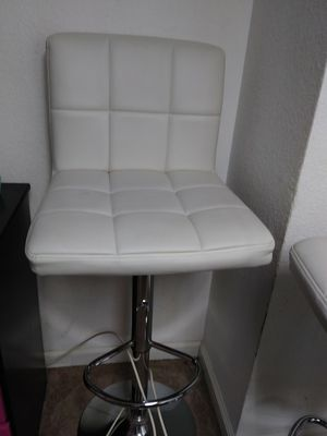 2 white leather modern stools for Sale in Stockton, CA