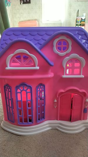 Fold up doll house for Sale in Trappe, PA