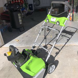 Greenworks 13-Amp 20-in Corded Electric Snow Blower for Sale in Las Vegas, NV