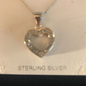 Valentine's Day, love heart charm with chain for Sale in Miami, FL