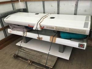 Tanning bed for Sale in Caledonia, MI
