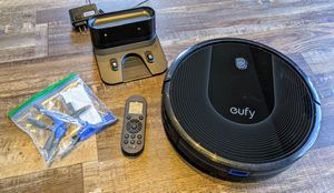 Eufy Robot Vacuum for Sale in Covina, CA