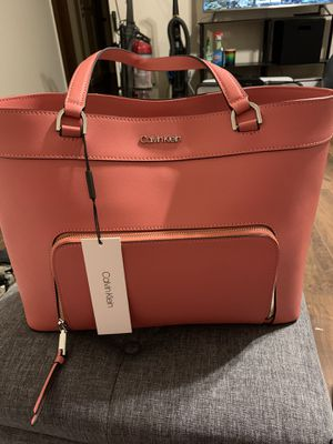Calvin Klein Louise Leather Tote Shoulder Bag for Sale in Ceres, CA