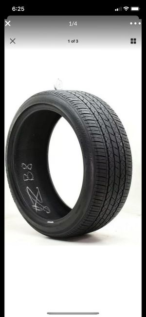 Tire 245/40/r20 for Sale in Providence, RI