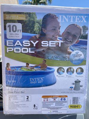 Swimming Pool 10ft Intex for Sale in Riverside, CA