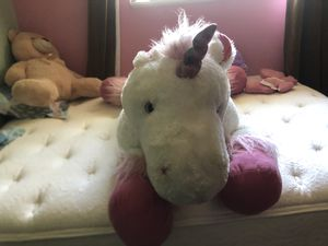 Stuffed unicorn for Sale in St. Helens, OR