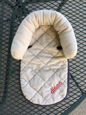 Diono Head Support - for use in Car Seats, Infant Carriers & Strollers - Very Soft Quilted Plush-Filled for Sale in Bethlehem, PA
