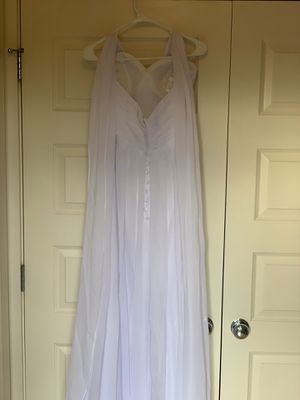 Wedding dress size 4 new for Sale in Vancouver, WA